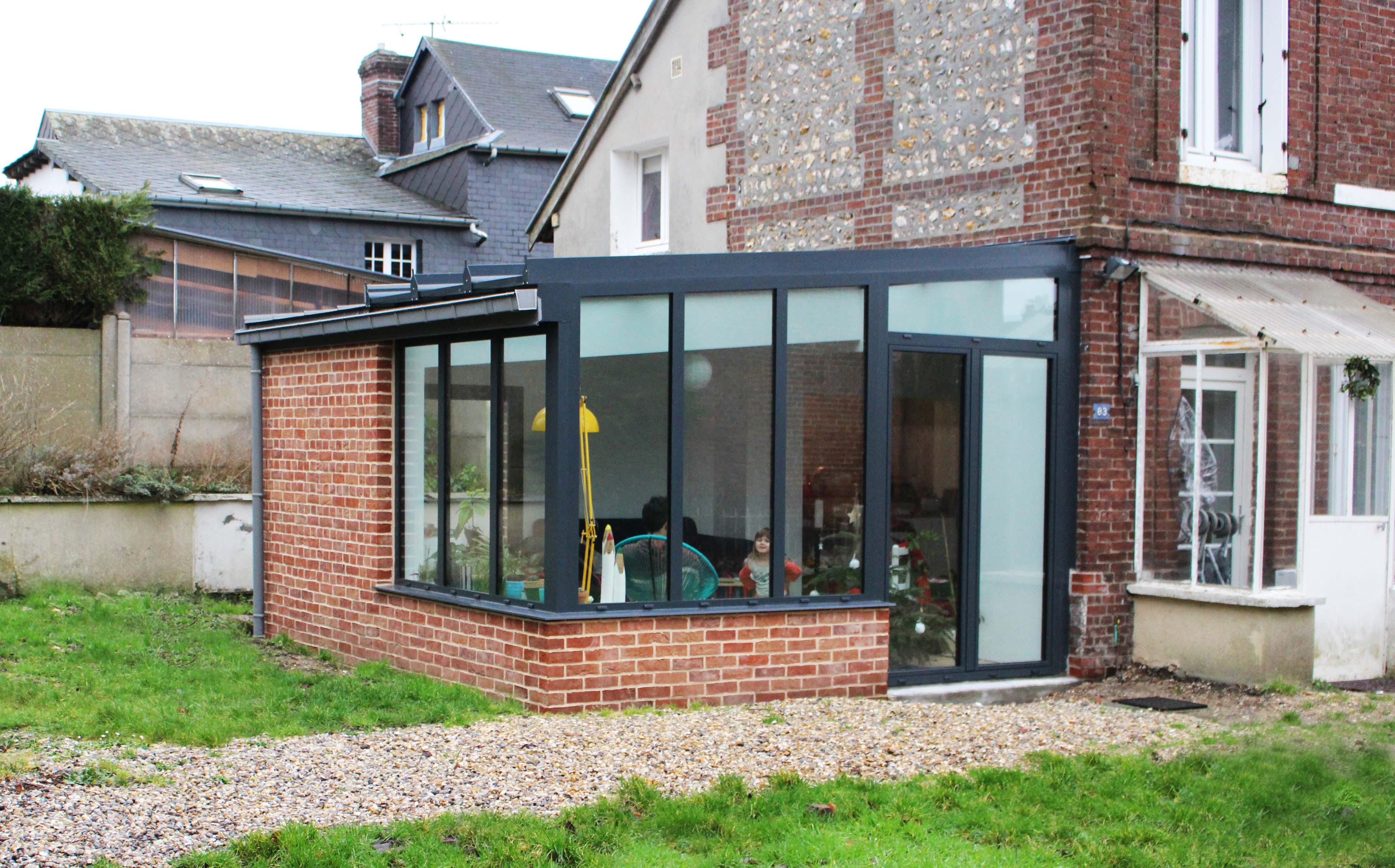 extension en verre finest toiture verre veranda lgant vranda extension avec coulissant d angle. Black Bedroom Furniture Sets. Home Design Ideas