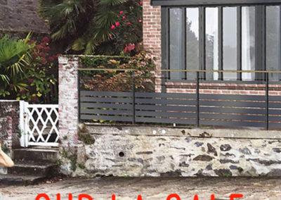 Extension à toiture terrasse et extension de type surélévation